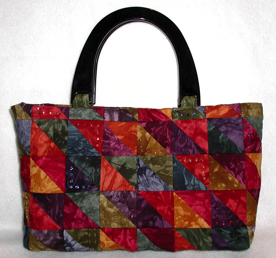 Traditional Patchwork Makes This Charm Pack Purse Sparkle