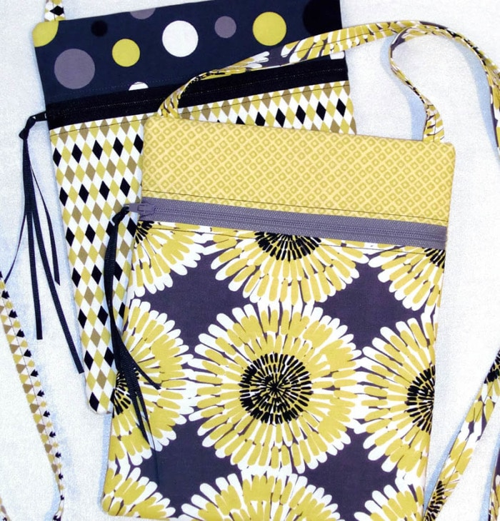 Small zipper cross body bag sewing pattern.