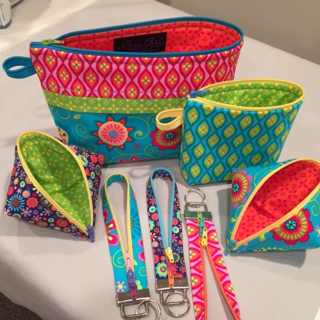 Zipper fun! Becca Bags, Sweetpea Pods, and Fobio key fobs by #LazyGirlDesigns