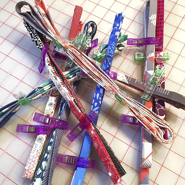 Make a bunch of Fobio Badge Lanyards at a time and manage your work with Wonder Clips.