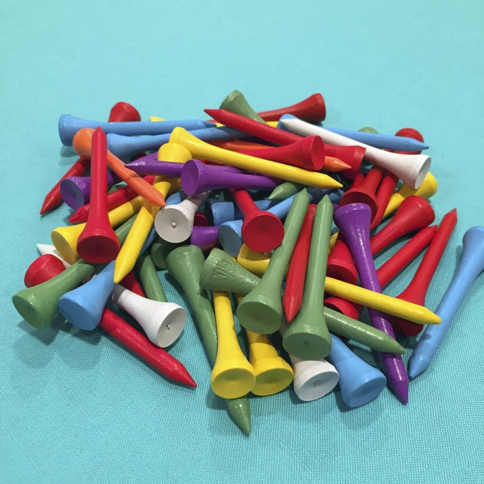 Golf tees to organize bobbins