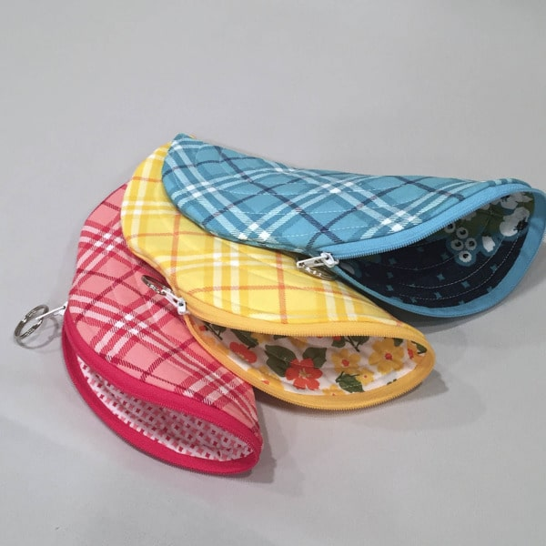 Banana Bag small zipper pouches with zipper choice strategies