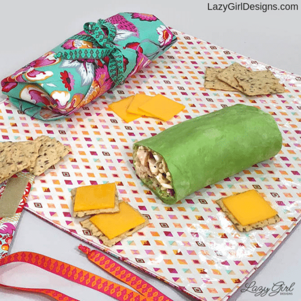 sewing pattern for reusable lunch wrap and placemat